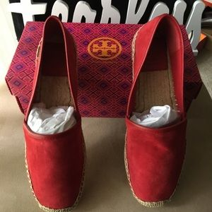 🆕 AUTHENTIC TORY BURCH McKENZIE ESPADRILLE FLATS